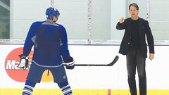 Ford Must See: Shanahan hits the ice in his suit