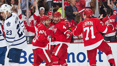 NHL: Maple Leafs 0, Red Wings 4