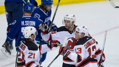 NHL: Devils 3, Canucks 2