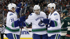 NHL: Canucks 3, Wild 2