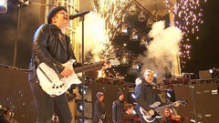 Fall Out Boy rocks the 103rd Grey Cup