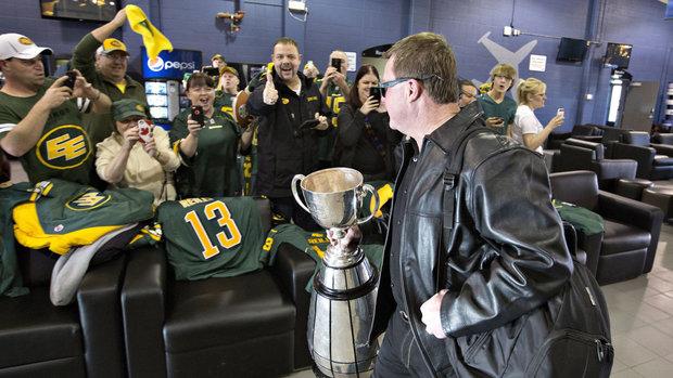 Eskimos return home with Grey Cup