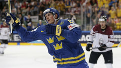 Must See: Eriksson nets another hat trick for Sweden