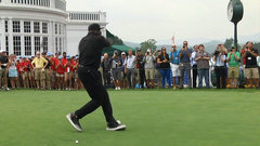 Must See: Shaq's golf swing worse than Barkley's?