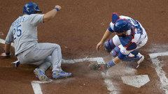Must See: Morales' fancy footwork