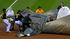 Must See: Pirates grounds crew get caught in tarp