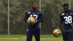 Simmons takes part in first Bombers practice