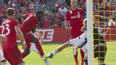 Giovinco leads Toronto FC comeback