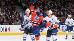 NHL: Maple Leafs 2, Oilers 5
