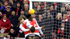 Must See: Welbeck scores late to lift Arsenal