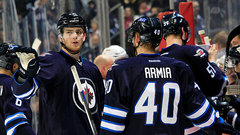 Jets dig early hole, comeback falls short