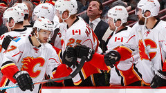 NHL: Flames 4, Canucks 1