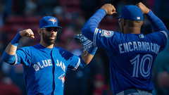 Blue Jays getting closer to signing Bautista, Encarnacion?