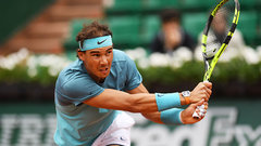 Nadal advances, Murray avoids early upset