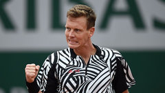 Berdych makes quick work of Pospisil