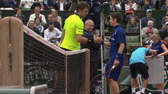 Must See: Wawrinka warms up with ball boy