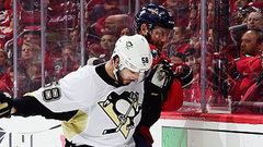 Button: ''You are not breaking down Kris Letang''
