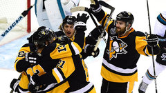 Pens use speed, opportunistic play to take down Sharks