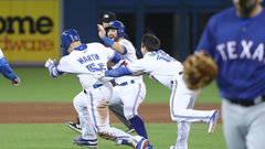 MLB: Rangers 3, Blue Jays 4
