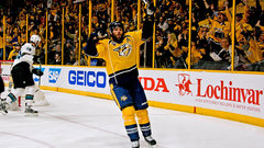 Fisher carries the load for the Predators