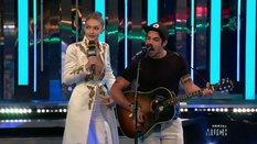 Intro to Hailee Steinfeld and Shawn Hook Performance