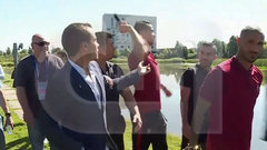Must See: Ronaldo throws microphone into lake