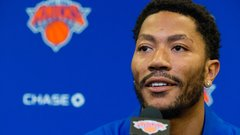 Chicago exit emotional for Derrick Rose