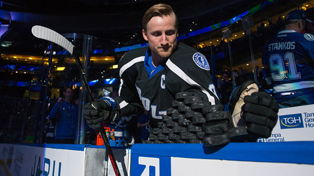 Insider Trading: Oilers meet with Lucic, Red Wings to pursue Stamkos