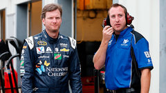Craven doesn't expect Earnhardt Jr. back for a month