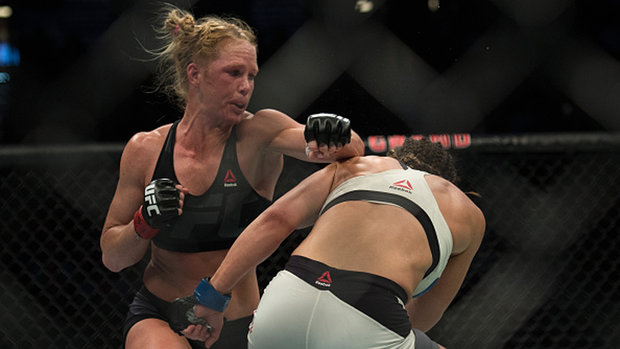 Can Holm rebound from first defeat?