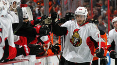 Sens sign Hoffman to four-year deal; Mrazek re-ups with Red Wings