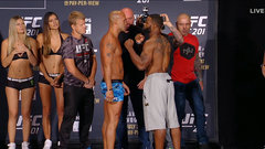 Lawler, Woodley weigh in before UFC 201