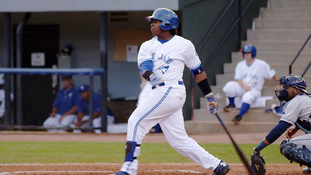 Guerrero Jr. carrying big name, expectations